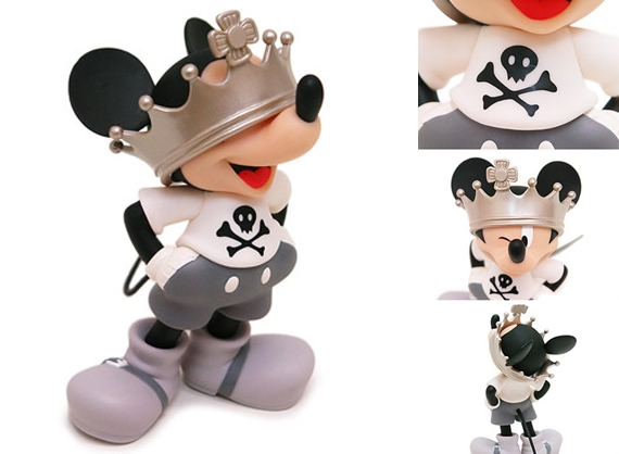 Roen x Medicom Toy VCD Crown Mickey.jpg