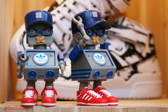 CMD x DJ Tommy x adidas Originals Robot USB Toy.jpg