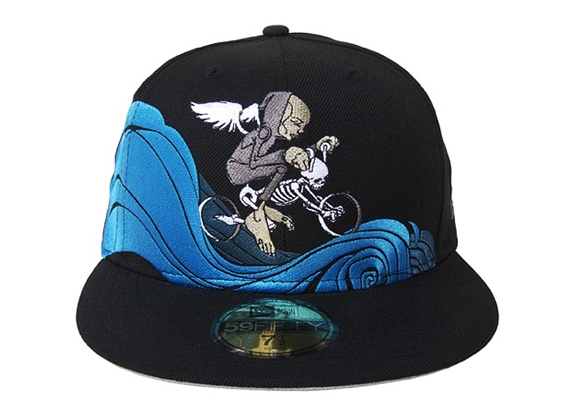 UPPER PLAYGROUND – Angel Of Death Fitted Cap .jpg